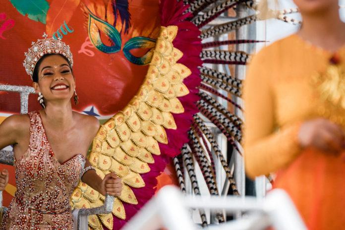 Carnival Aruba Queen