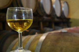 Bicchiere di Aglianico di Belrisguardo. foto ©Enrico Caracciolo