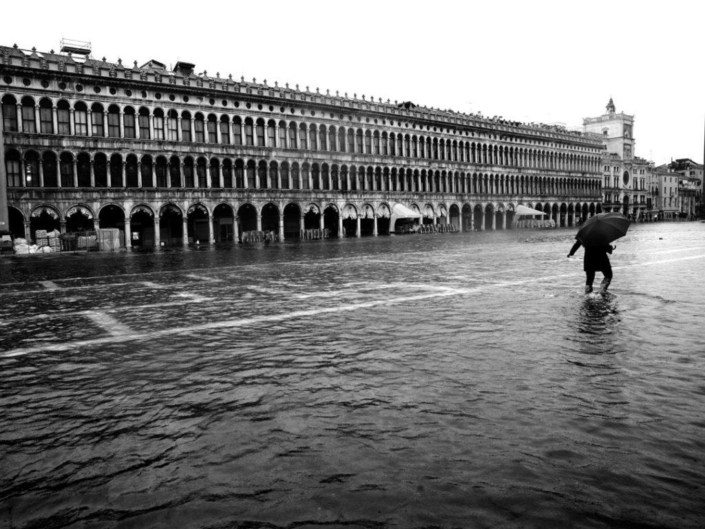 L'acqua alta a Venezia. foto ©Paolo Simoncelli