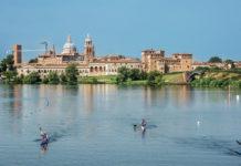 Mantova - vista della citta da Campo Canoa. foto ©Nascimbene-Marinelli
