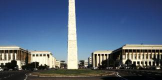 Roma - EUR Obelisco Marconi. foto ©Paolo Simoncelli