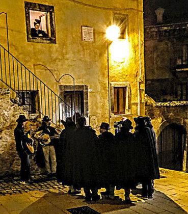 """Scanno - una serenata per la festa delle """"Calzette"""""""